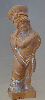 figurine of a comic meretrix