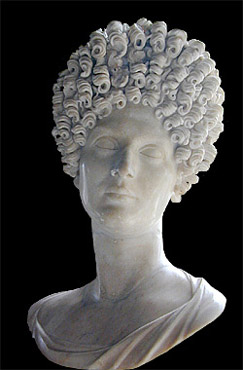 Flavian hairstyle--front