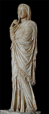 Statue of Roman woman with fringed palla.
