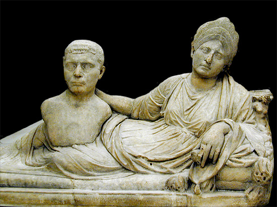 (on this sarcophagus a woman with a Flavian hairstyle proudly displays
